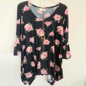Bobbie Brooks Floral Top Sz L w/Free Necklace